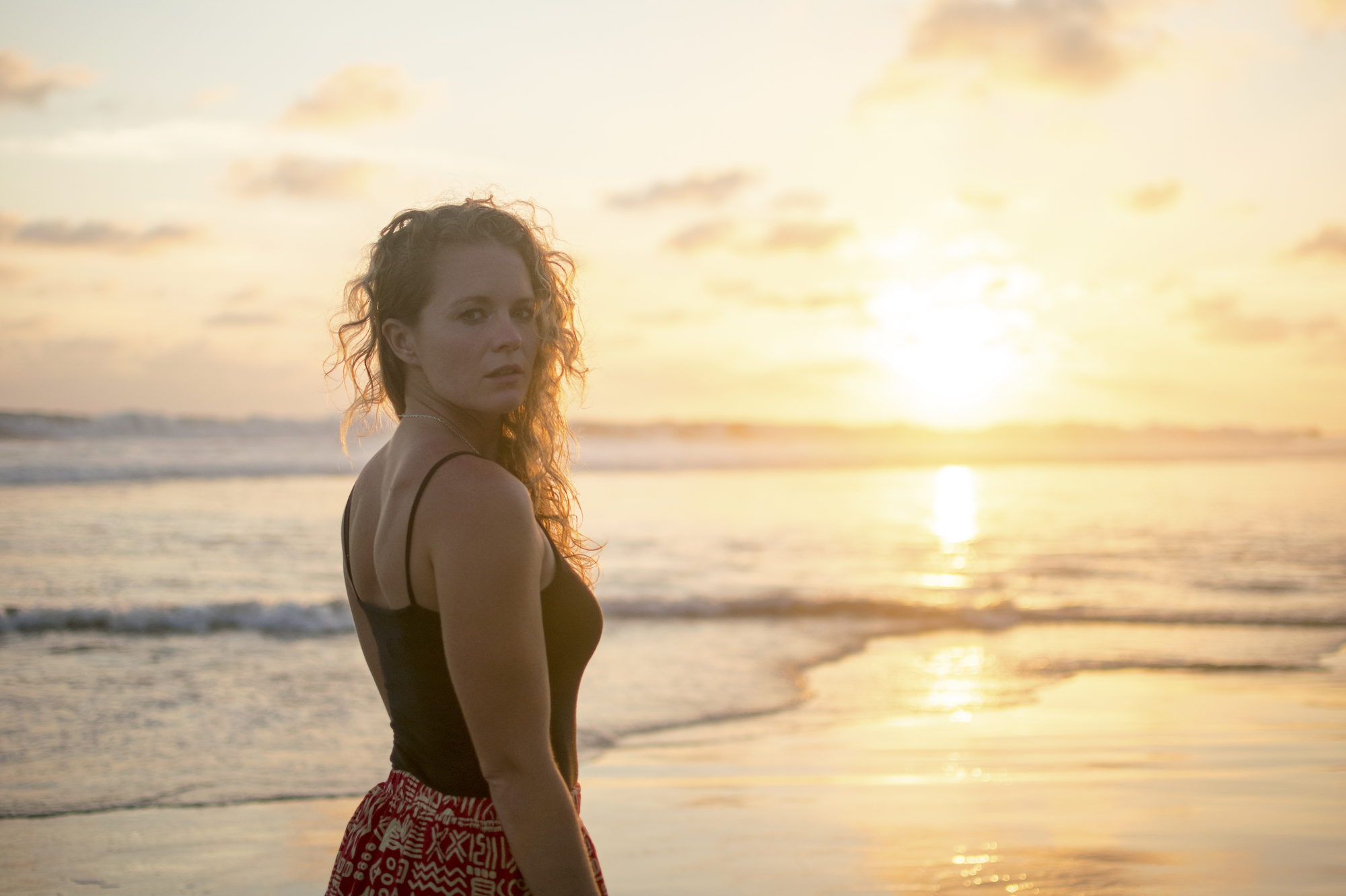Brianne McKenzie - Sunset Playa Troncones | LovaLinda Photography