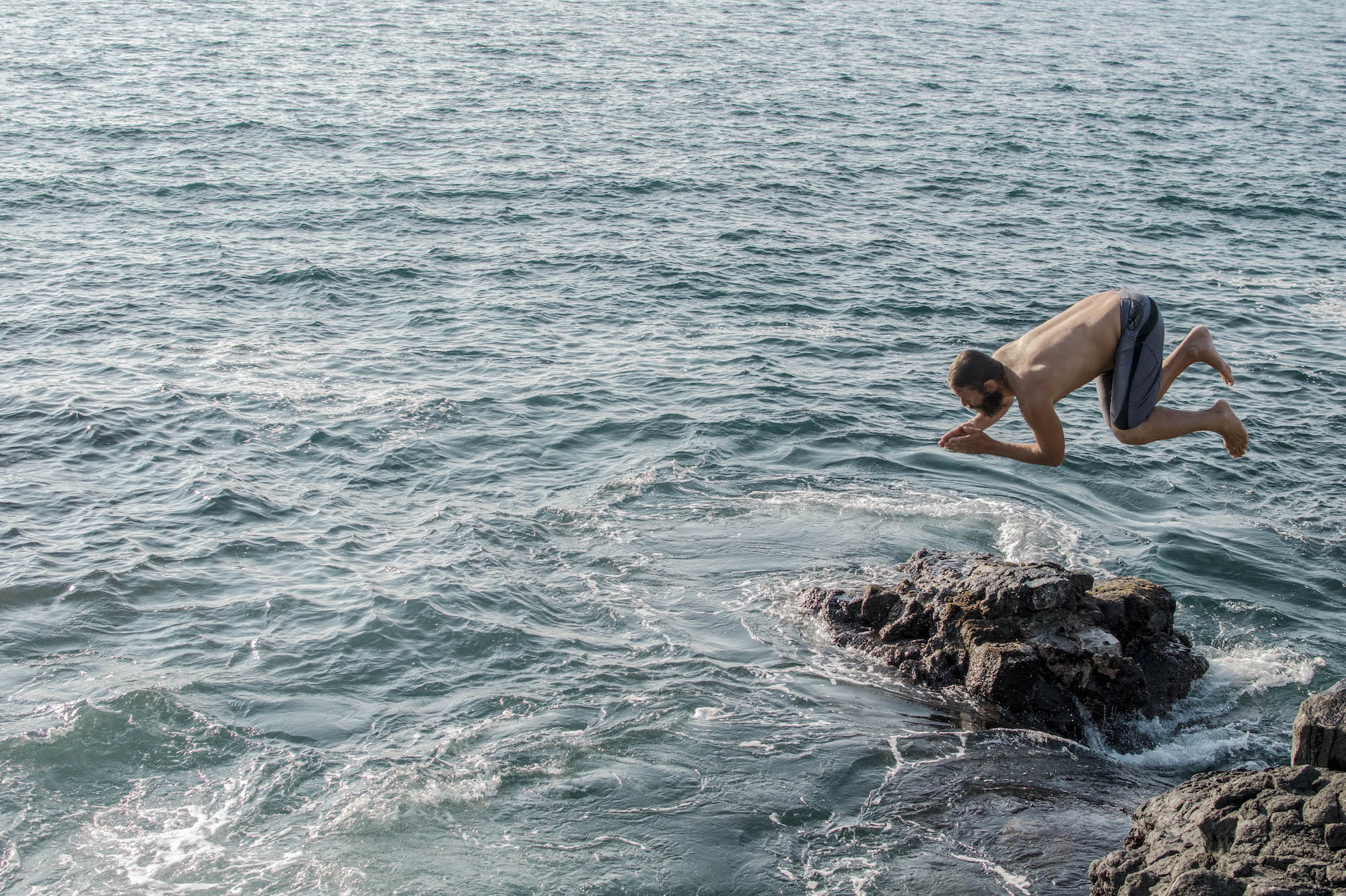 Cliff Jumping - Big Island - LovaLinda Photography