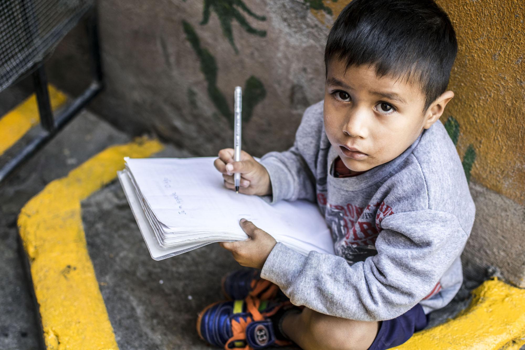Diego | San Miguel De Allende | Nino Kid Portrait | LovaLinda Photography