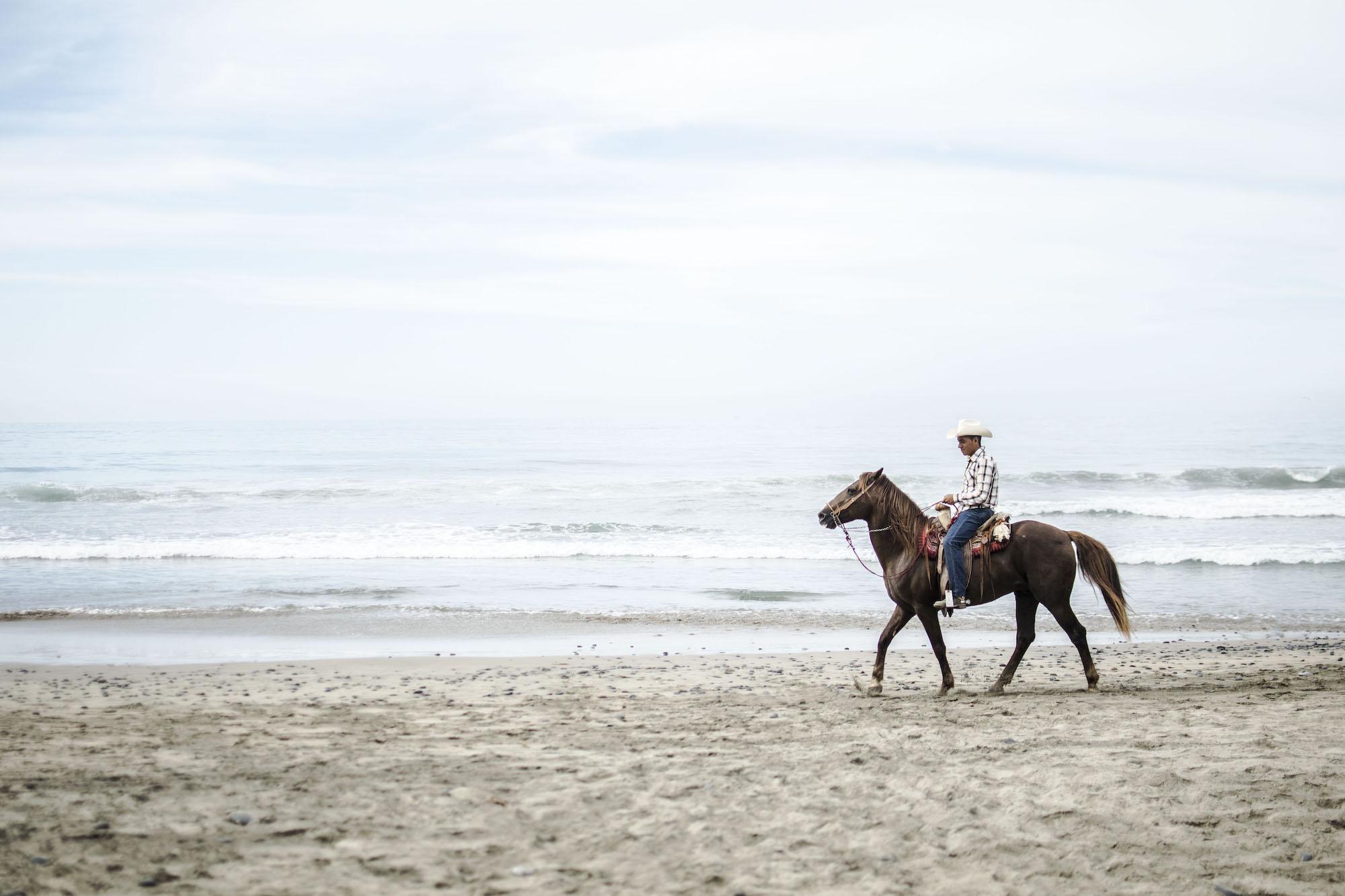 Horse Rider | Troncones | LovaLinda Photography