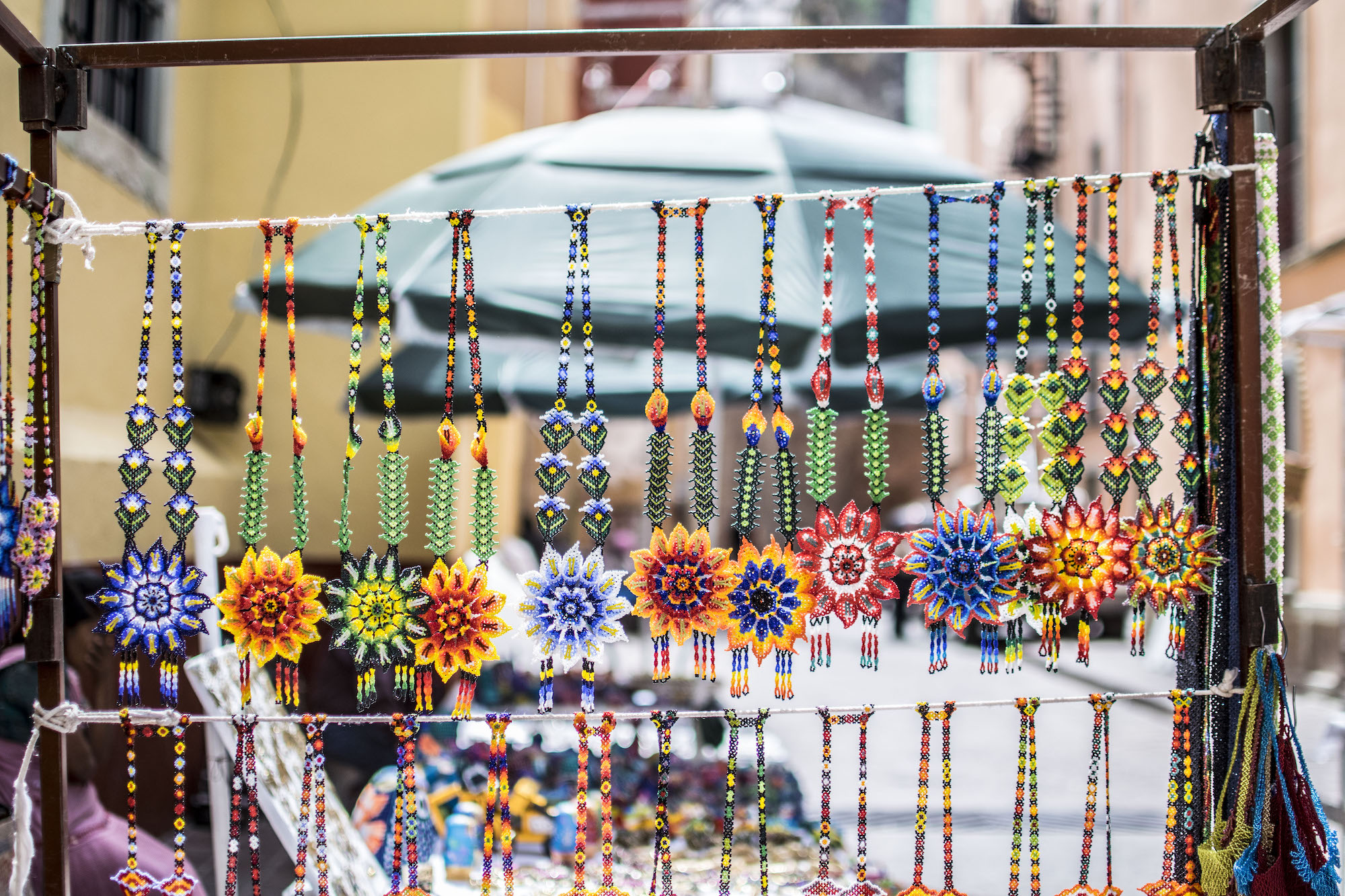 Souvenirs Colliers Perles Mexicains | Guanajuato LovaLinda Photography