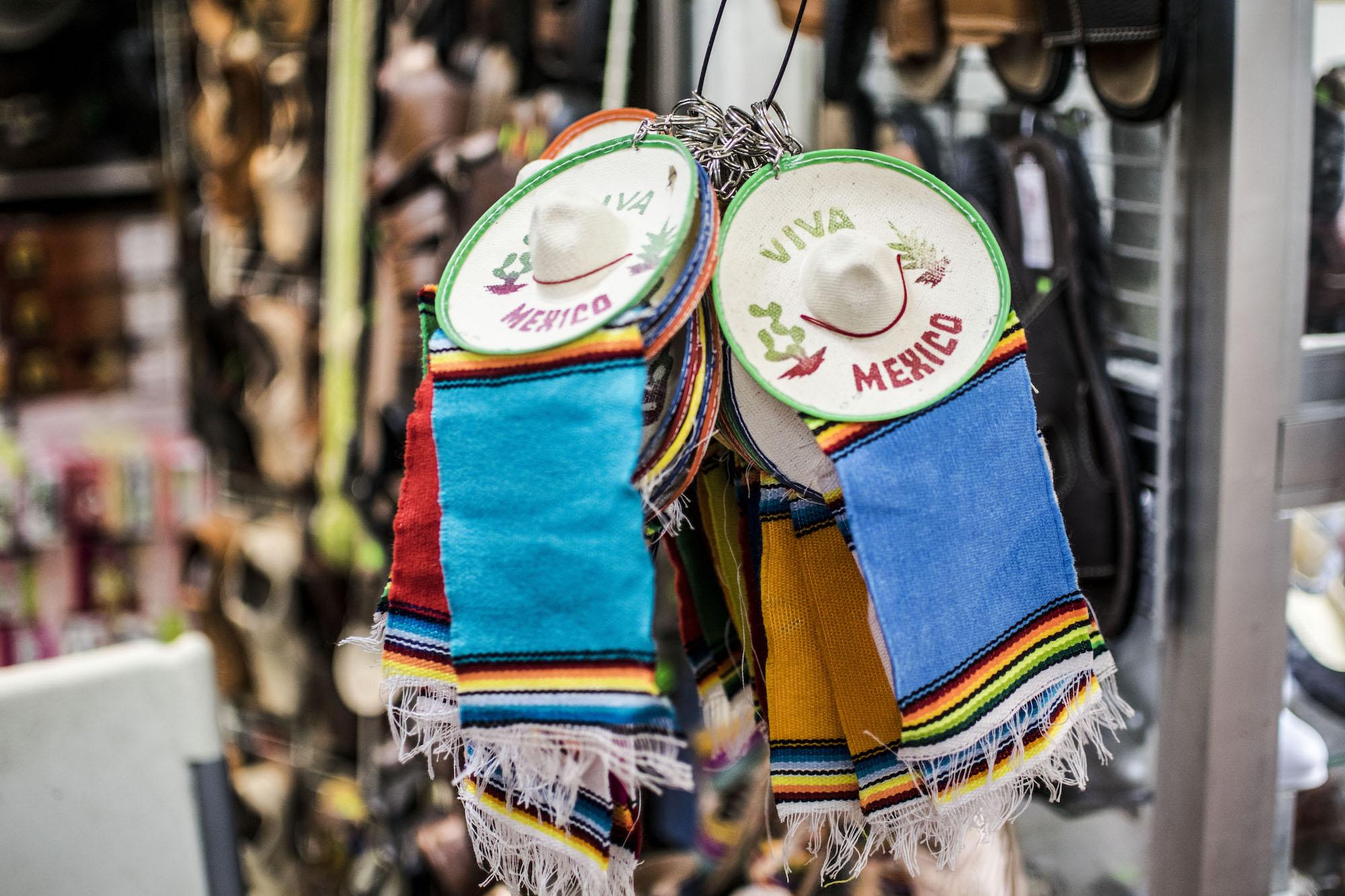 Viva Mexico | Market Mexico | La Paz | LovaLinda Photography